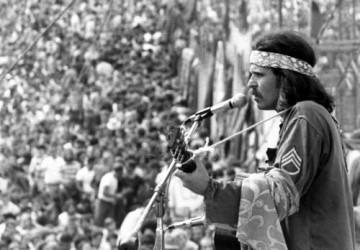 Country-Joe-Woodstock-360x250.jpg